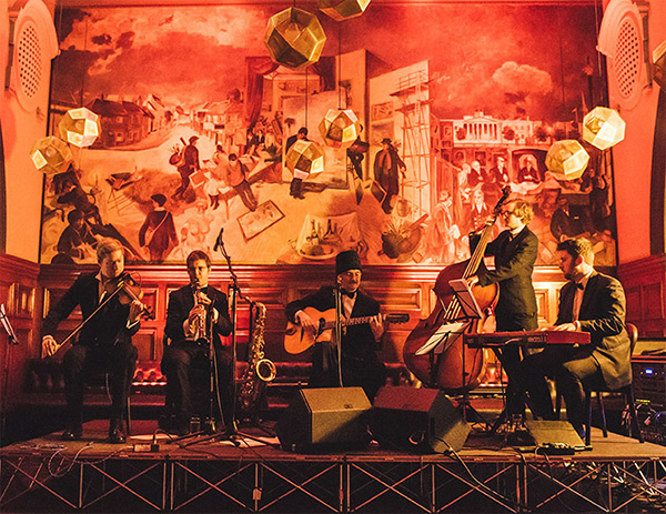 Benoit Viellenoff's Atomek Soviet Swing - Rusian folk and swing party band